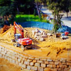 Excavator (JAG_50D) Tags: orange color muro reforma construccin naranja obra roca fk miniatura maquina piedras excavator  excavadora miniatur tiltshift excavacin      gettyimagesspainq1