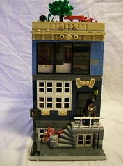 27 Mulberry St. (Ichthyophagous) Tags: house lego minifigure mulberryst setrebuild