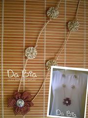Colar fuxico terra (Da Bia) Tags: flores artesanato fuxico colar fio bia cordo fioencerado dabia biasantana
