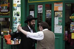 Jewish feast (Fotis Korkokios) Tags: life urban paris beauty afternoon lifestyle jew jewish metropolis sundayafternoon parislife canon450d fostis