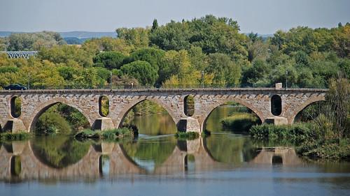 Puentes&amp;Reflejos/ Bridges&amp;Reflections Post 1 / Comment 3<br />