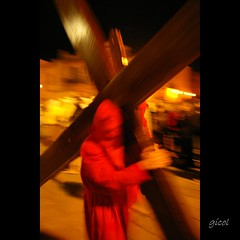 passion (gicol) Tags: red italy motion rojo italia br cross parade passion rite rosso puglia cruce semanasanta croce goodfriday misteri passione mosso rito apulia processione settimanasanta francavillafontana riti venerdsanto theauthorsclub
