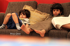 Sultan & Kooki Watching TV (Missy | Qatar) Tags: home kids tom living tv room jerry watching missy sultan qatar mubarak tomjerry kooki 3zoz childrenbestphotos