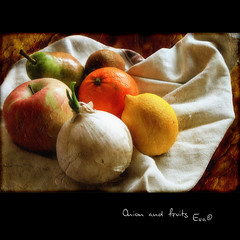 Onion and fruits (in eva vae) Tags: stilllife food orange macro apple fruits photoshop canon eos rebel lemon kiss warm eva framed canvas pear layers onion kiwi squared textured laspezia naturamorta x3 500d bej t1i inevavae