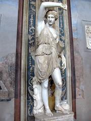 2010-03-30-11-35-10_00046 (poprostuflaga) Tags: sculpture vatican rome roma museum musei muzeum rzeba rzym watykan