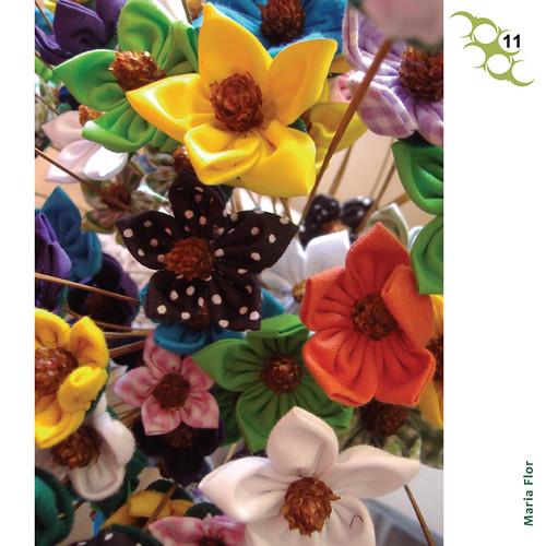 Flores artesanais de tecidos - fuxico by PARANOARTE