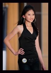 DSC_1432 (tom8ho) Tags: show girls boys fashion nikon faces jeans f2 200mm