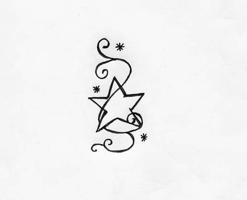 henna tattoo design -star 1