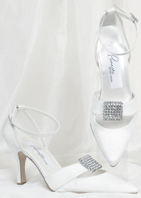 Crystal decorations for wedding shoes.