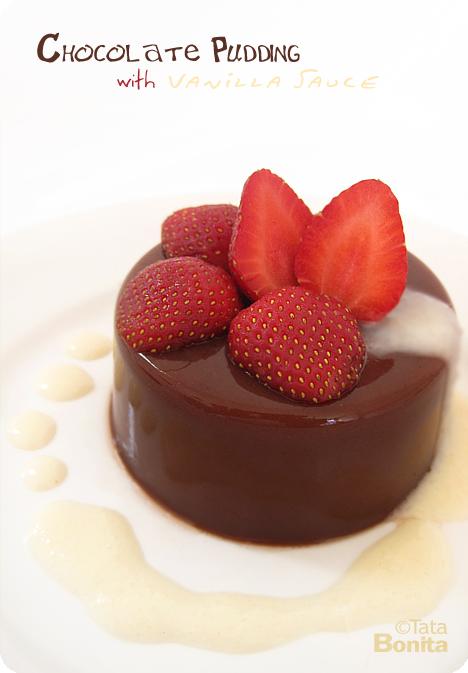 ChocolatePuddingwithVanillaSauce1