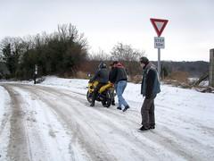 Rassemblement MC Samara 12/2009 (gueguette80 ... non voyant pour une dure indte) Tags: winter snow france bike club frost hiver moto neige 2009 froid samara picardie motos decembre somme motards taisnil rassemblement hivernale hivernal