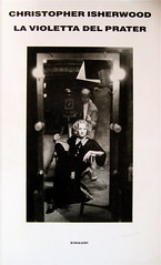 Christopher Isherwood, La violetta del Prater, Einaudi 1988, alla cop.: Marlene Dietrich in una fotografia di Don English, (part.), 1