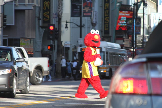 elmo on hollywood blvd