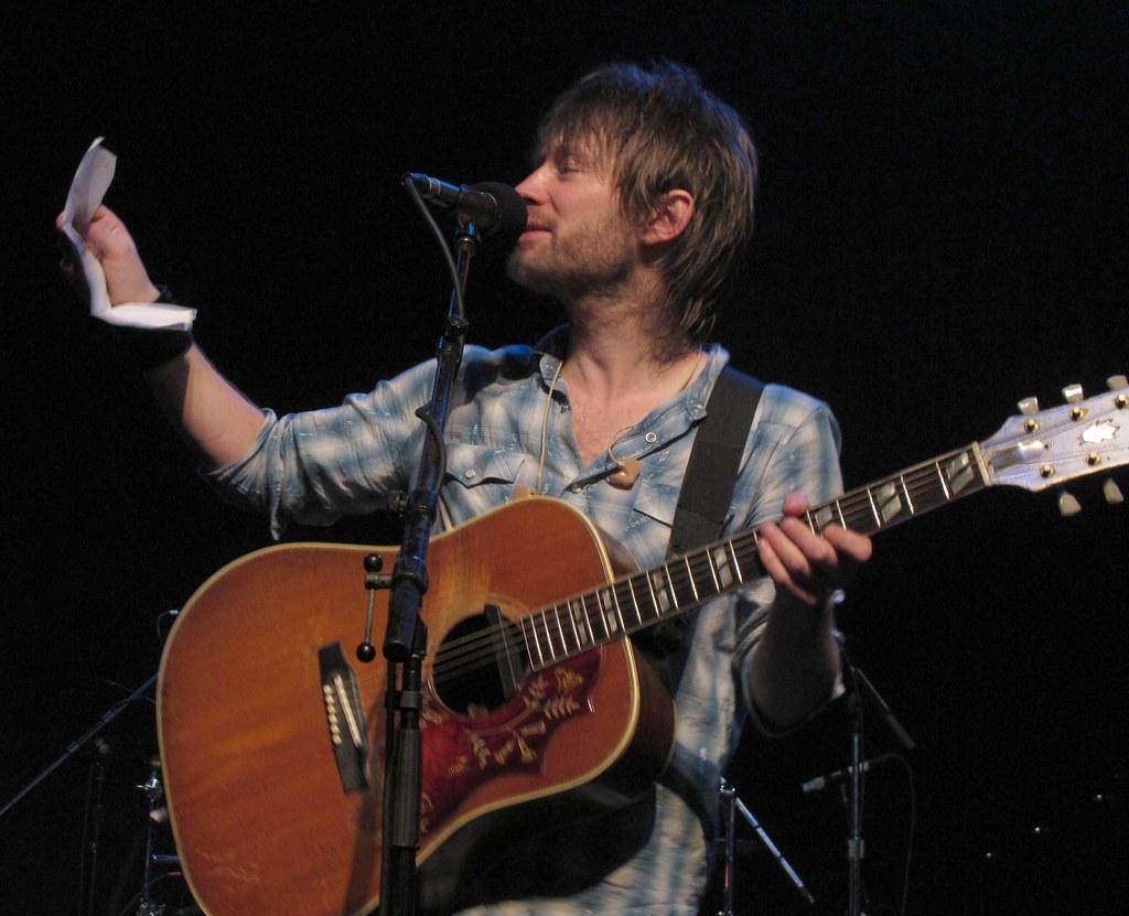 [Fotos] Thom Yorke - Página 2 4303383386_24439a3ae9_b