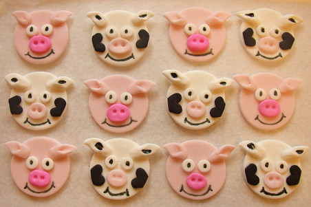 pigs and cows cupcake toppers