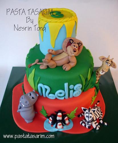 MADAGASKAR CAKE