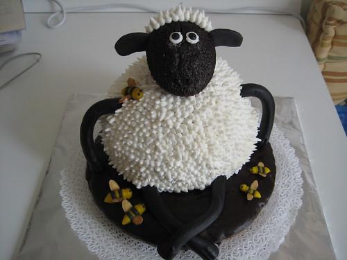 Shaun the Sheep Cake