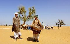 channan peer festival  2010 (TARIQ HAMEED SULEMANI) Tags: pakistan desert fort tariq cholistan bahawalpur rohi derawar  concordians sulemani jeeprally2010