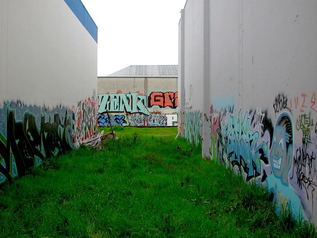 IN THE CUT, The Yard, Graffiti, EastBay
