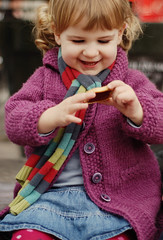 cookie (maxivida) Tags: portrait france girl smiling march spring toddler cookie outdoor daughter strasbourg una pigtails karlsruhe maxivida kinderfotografie wwwmaxividade