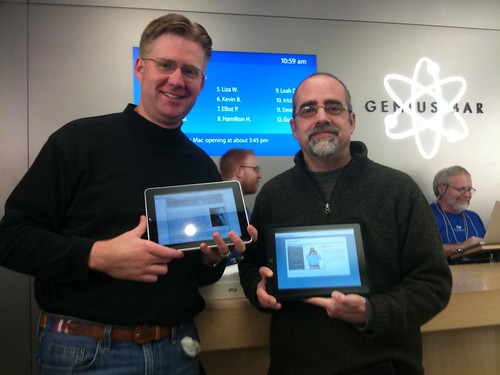 Wesley Fryer and Bob Sprankle - with iPads in hand!