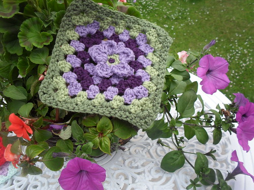 'Flower Square' - Beautiful Purple, Lilac and Green!