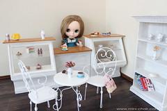 Miniature doll bakery shop (Mini-Chair) Tags: counter handmade showcase diorama dollfurniture bakeryshop miniaturechair 16scale barbiefurniture sixthscale blythefurniture momokofurniture