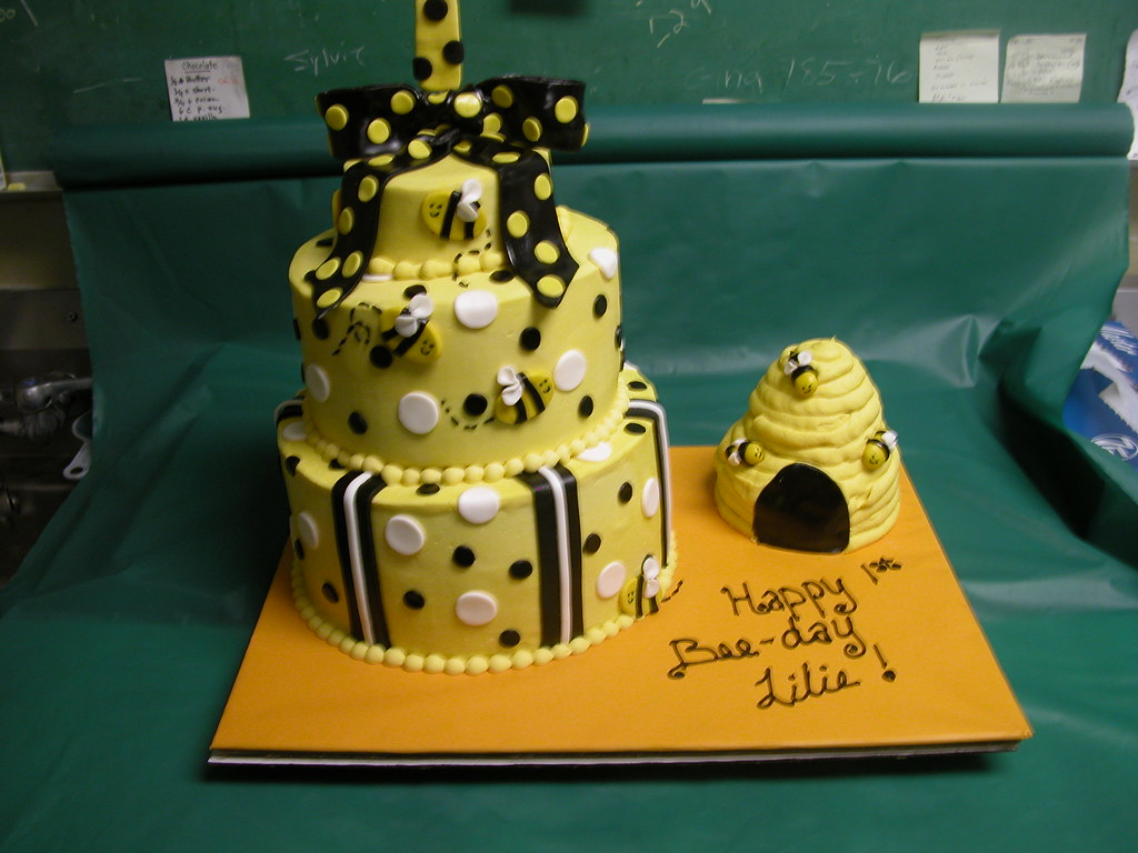 Bumble Bee Theme Tags Birthday Wedding Girls Baby Holiday Cakes Boys Cake