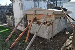 Arnoult tomb back