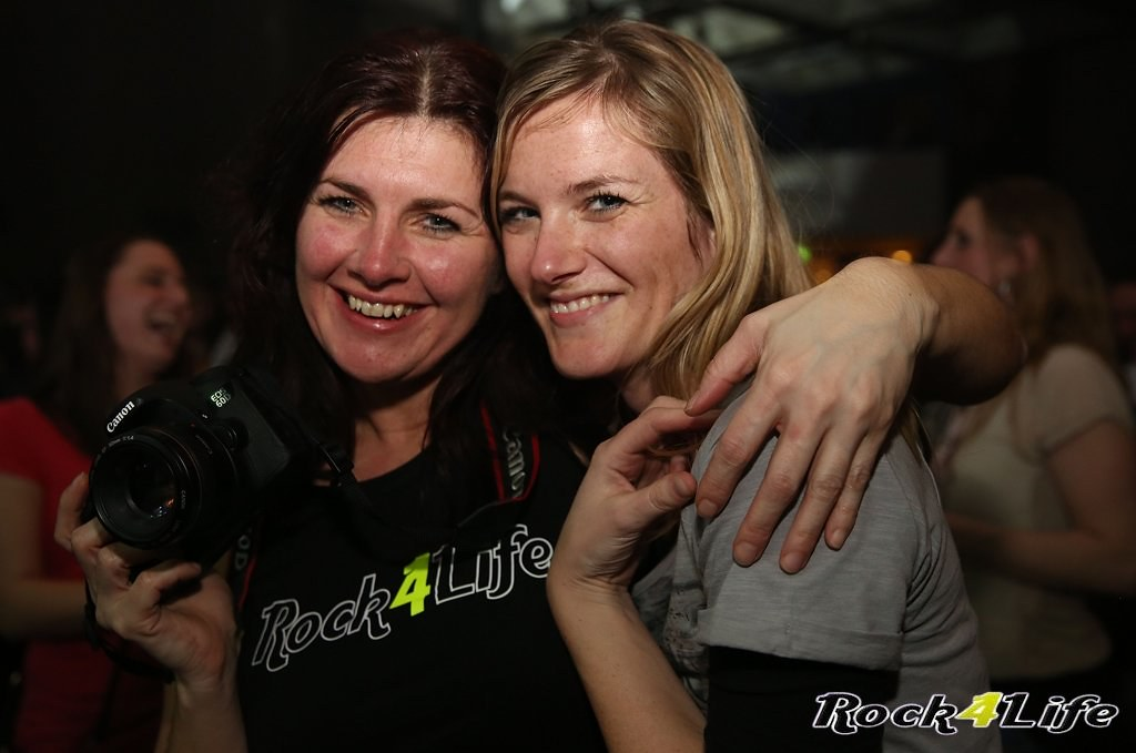 Tribute Rocknight        08-02-2014          U2 & Anouk (64)