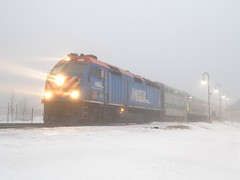 Get out the fog lights! (Robby Gragg) Tags: park metra 202 tinley f40phm2