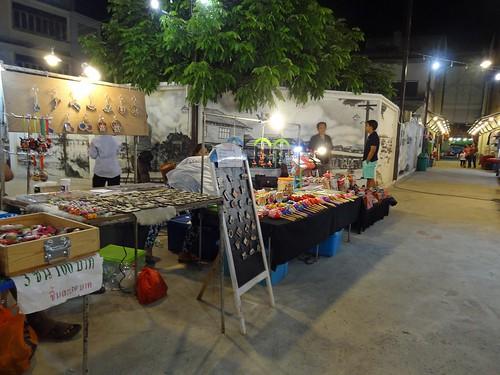 2012 12 15 p Vac Thailand Hua Hin Chatdila night market-5
