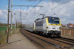 HLE 1832 (sncb1357) Tags: train db 18 cfl sncf treinen nmbs sncb desiro vectron