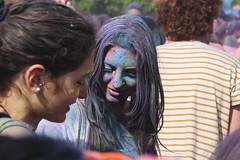 Color Fest! (Cristiano Drago) Tags: park parco colors canon palermo colori blondegirl colorfest 650d parcouditore ilobsterit cristianodrago colorfestpalermo