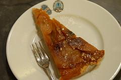 torta rovesciata alle mele (burde73) Tags: bordeaux merlot cabernetsauvignon andreagori burde trattoria latourmartillac tortalorenese semillon sauvignon sauternes balan danielebalan