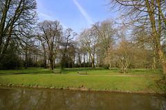 Kalkum Castle and Park (hhschueller) Tags: nrw germany duitsland deutschland duesseldorf düsseldorf eosm3 ドイツ デュッセルドルフ