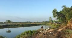 Myanmar, Yangon Region, Southern District, Twantay Township, Sar Hpyu Su Village Tract (Die Welt, wie ich sie vorfand) Tags: myanmar burma bicycle cycling bike yangonregion yangon rangoon southerndistrict twantaytownship twantay sarhpyusu
