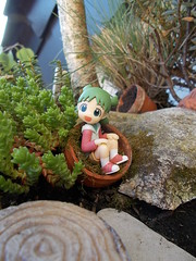 this girl makes me happy today (maggimini) Tags: yotsuba