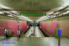 After midnight, waiting for the train (Noodles Photo) Tags: munich münchen messestadtwest münchenriem ubahn underground tube deutschland mitternacht bayern ef24105mmf4lisusm canoneos7d