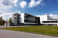 Bauhaus (Gofio) Tags: bauhaus dessau gropius architektur unesco weltkulturerbe sachsenanhalt waltergropius hannesmeyer ludwigmiesvanderrohe
