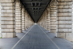 Leading lines (David Khutsishvili) Tags: davitkhutsishvili dkhphoto paris bercy bridge pont leading lines nikon d5100 1855mm city architecture 500px instagram infinity inspiration way horizontal empty