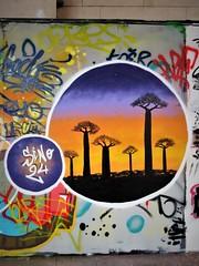Sino24 / Bruxelles - 1 apr 2017 (Ferdinand 'Ferre' Feys) Tags: bxl brussels bruxelles brussel belgium belgique belgië streetart artdelarue graffitiart graffiti graff urbanart urbanarte arteurbano