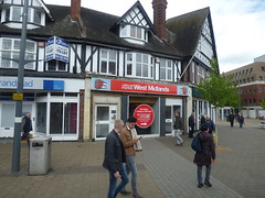 Closing down of the National Express West Midlands travel shop in Solihull (ell brown) Tags: solihull westmidlands england unitedkingdom greatbritain bus 49 nationalexpresswestmidlands shop shops tree trees poplarrd poplarrdsolihull spar stationrd stationrdsolihull travelcardagent
