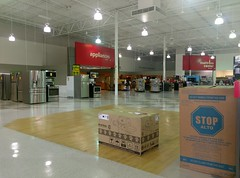 Appliances and mattress center (l_dawg2000) Tags: 2017 appliances audio closing electronics formercircuitcity furniture goingoutofbusiness hhgreg liquidation mississippi ms retail southaven southaventownecenter televisions unitedstates usa
