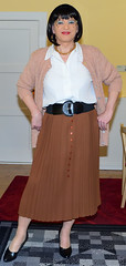 Birgit023834 (Birgit Bach) Tags: pleatedskirt faltenrock blouse bluse cardigan strickjacke