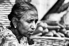 The greengrocer (isabelle.giral) Tags: bw nb noir blanc black white woman femme burma birmanie myanmar pentax monochrome marché market mawlamyine