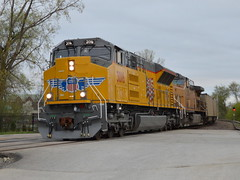 New face in town (Robby Gragg) Tags: up sd70acet4 3016 des plaines