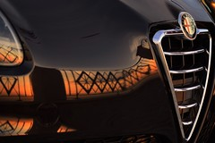 reflection on a car n.1 (Alfa Romeo) (Vincenzo Elviretti) Tags: alfa romeo giulia giulietta castel san pietro romano lazio italia italy fabbrica produzione serie industria riflesso reflection toyotismo lean production lucio dalla il motore del 2000 arese