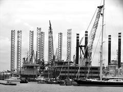 Upward (drager meurtant) Tags: harbour vessels amsterdam hetij dragermeurtant stilts crane