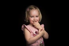 Dutch Girl (♥siebe ©) Tags: 2017 holland nederland netherlands siebebaardafotografie thenetherlands baby dutch familie family fotoshoot photoshoot portrait portret wwwsiebebaardafotografienl girl